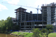 riverplace-topping-out-2